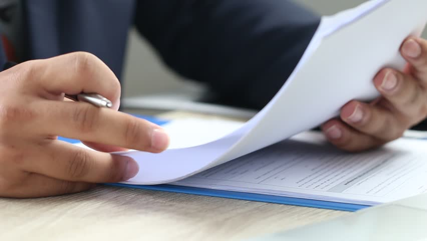 What You Should Look For When Analysing  A Loan Applicant's Bank Statements?
