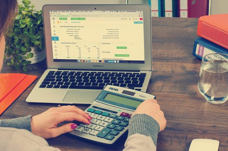 What Makes Finezza the Perfect NBFC Loan Management Software?